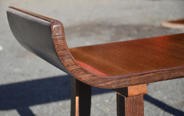 Hocker aus Wenge Detail